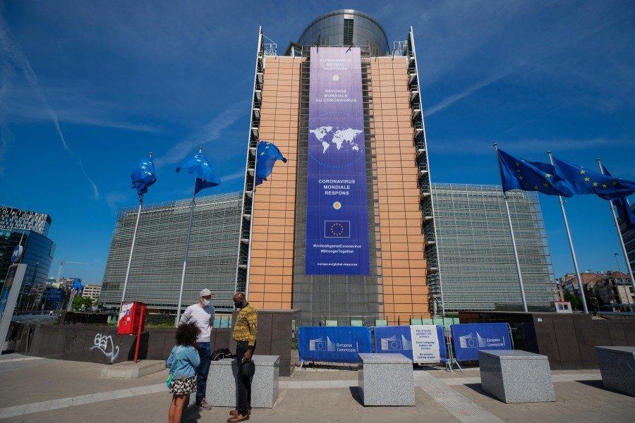 """الاتحاد الأوروبي: المواجهة الأمريكية الصينية ستمثل """"عاملًا هيكليا"""" في العالم وستكون أكثر عدوانية"""